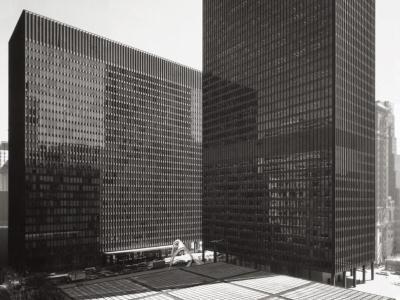 Chicago_federal_center400